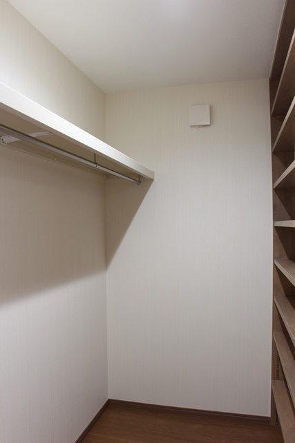クローゼット+書棚