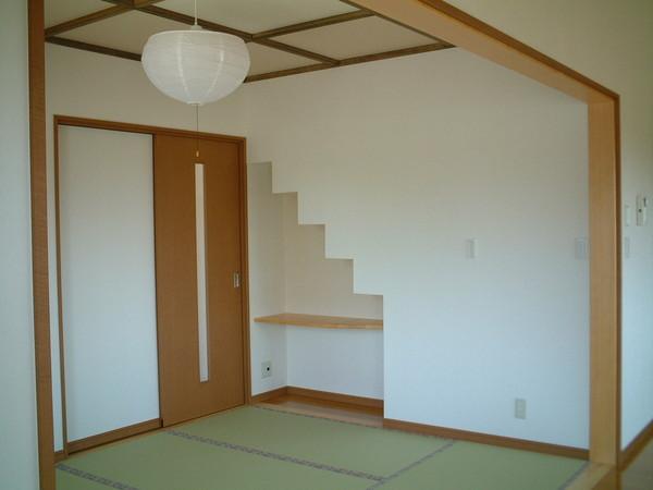 和室・階段下スペース